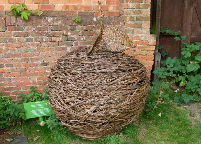 Giant wicker Bramley, garden of the Bishops' Palace,, Southwell