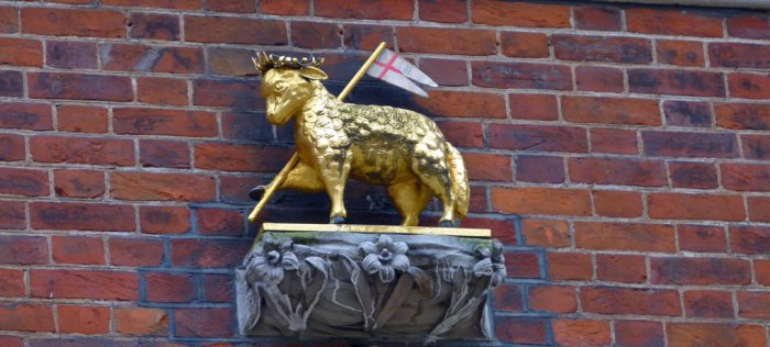 Lamb and Flag, paschal lamb, Agnus Dei, Lamb of God, Middle Temple, Knights Templar