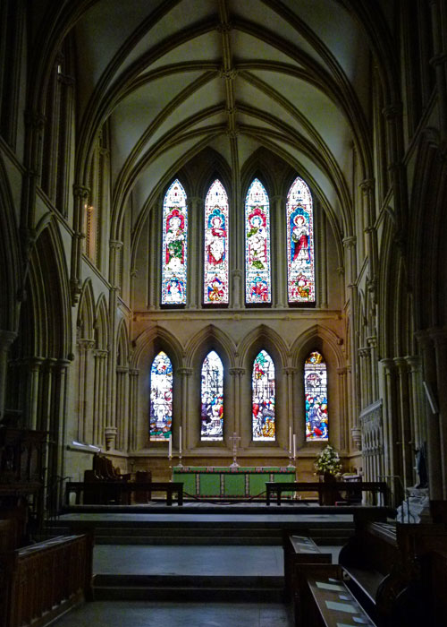 Southwell Minster, Gothic quire, Temple Church in Paris
