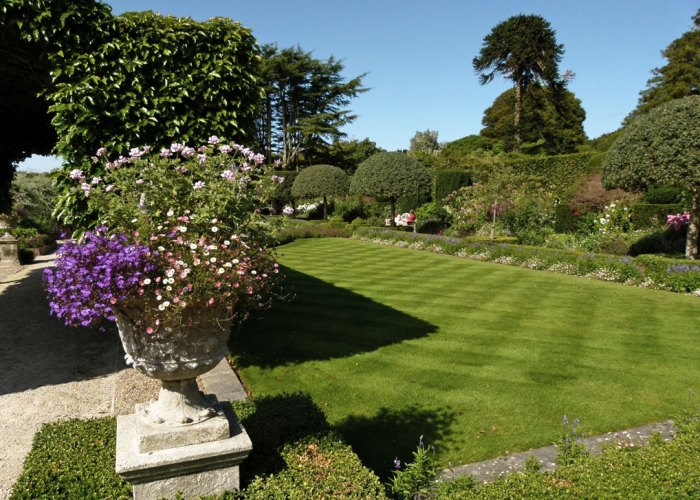 Holker Hall, Summer, Garden