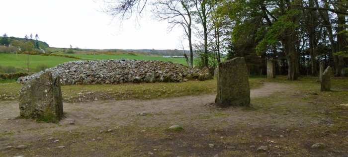 Clava Cairns, Balnuaran, south-west cairn