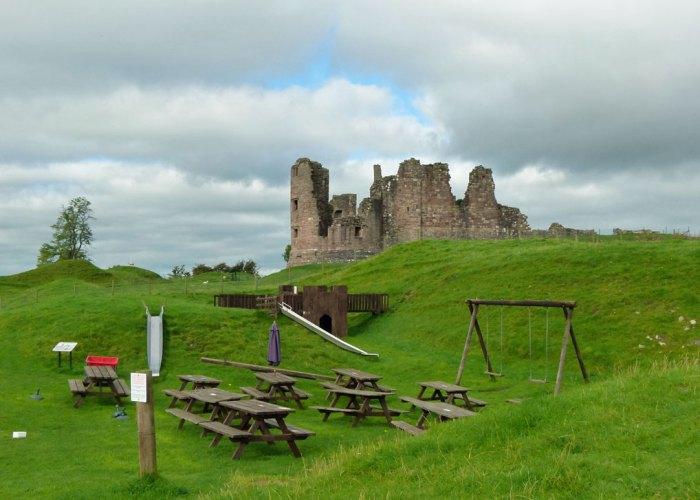 Brough Castle, free access
