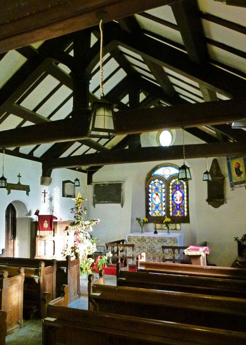 Chapel_le_Dale, chapel interior