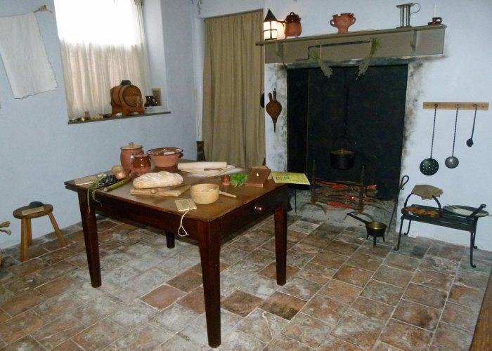 Coleridge Cottage kitchen