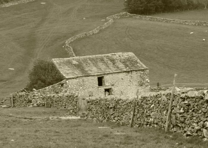 Yorkshire Dales, Barn