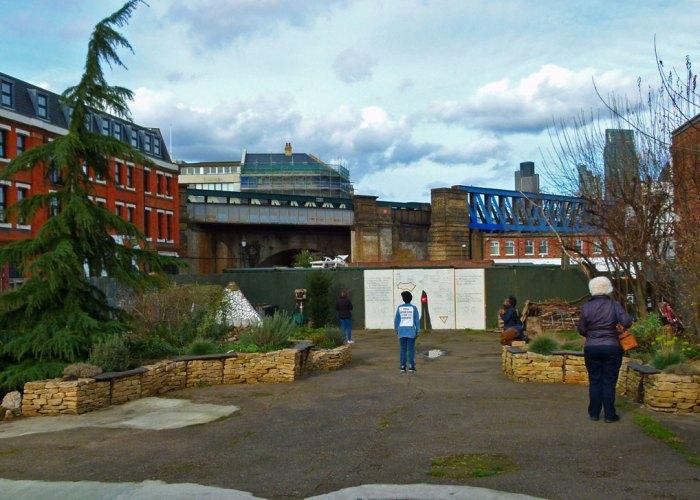 Crossbones Garden, Southwark