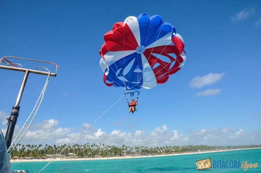punta-cana-parasailing-2