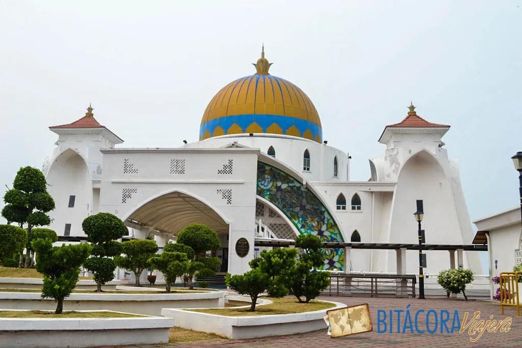 mezquita del estrecho de melaka (1)