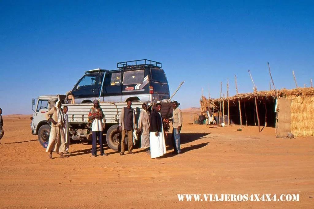 259b-Sudan-Desierto-del-Sahara-Rescate-de-la-furgo