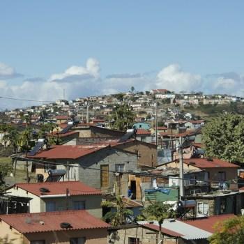 slum-509410_1280