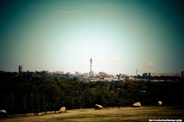 """Johannesburg Skyline"" von sacks08 via flickr.com. Lizenz: Creative Commons"