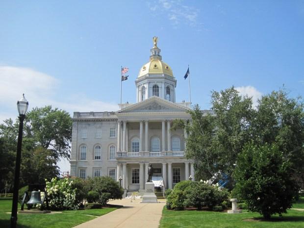 New Hampshire State House von Teemu008 via flickr.com. Lizenz: Creative Commons
