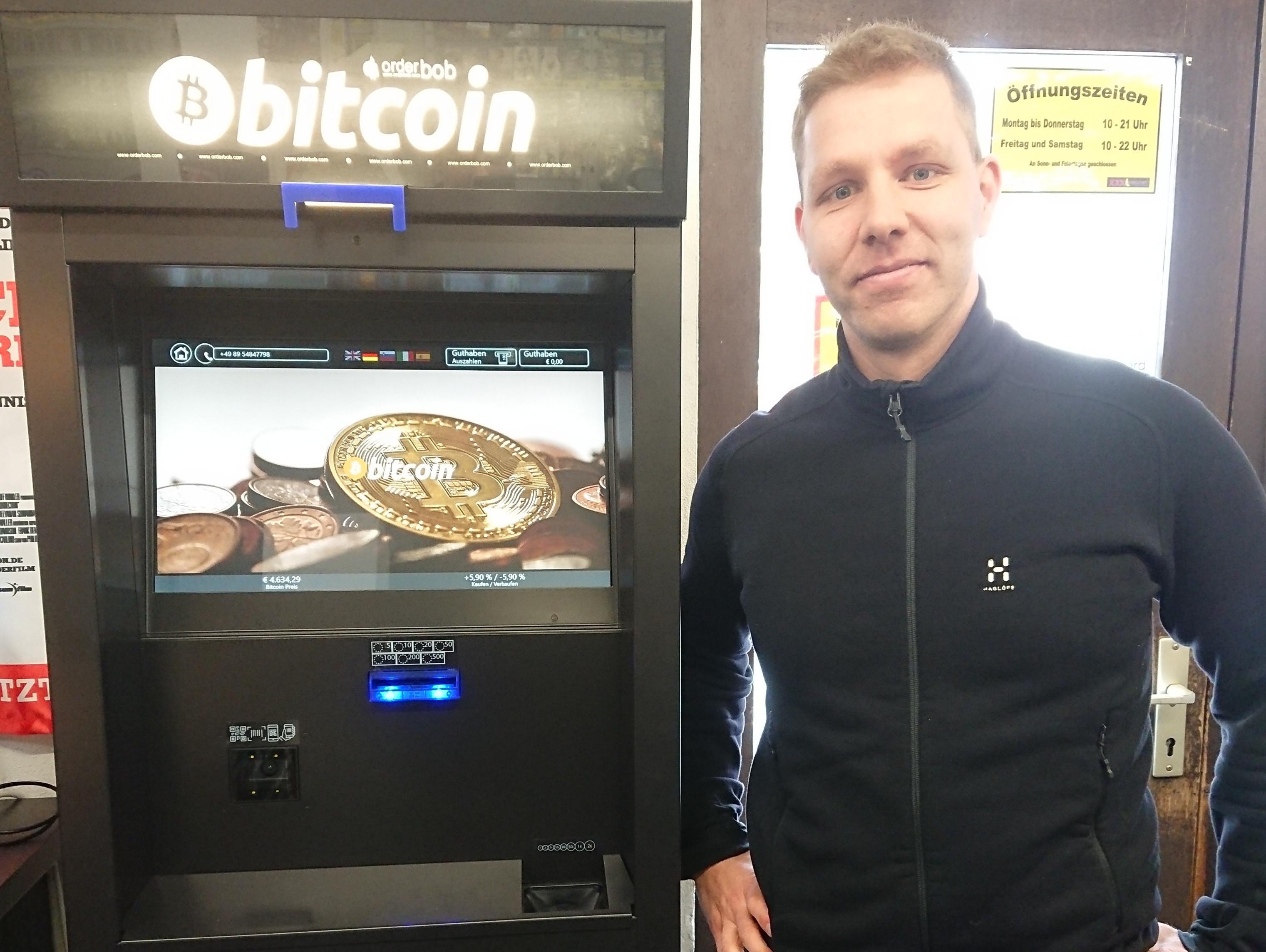 warum gibt es in deutschland keine bitcoin automaten investiert edward jones in bitcoin?