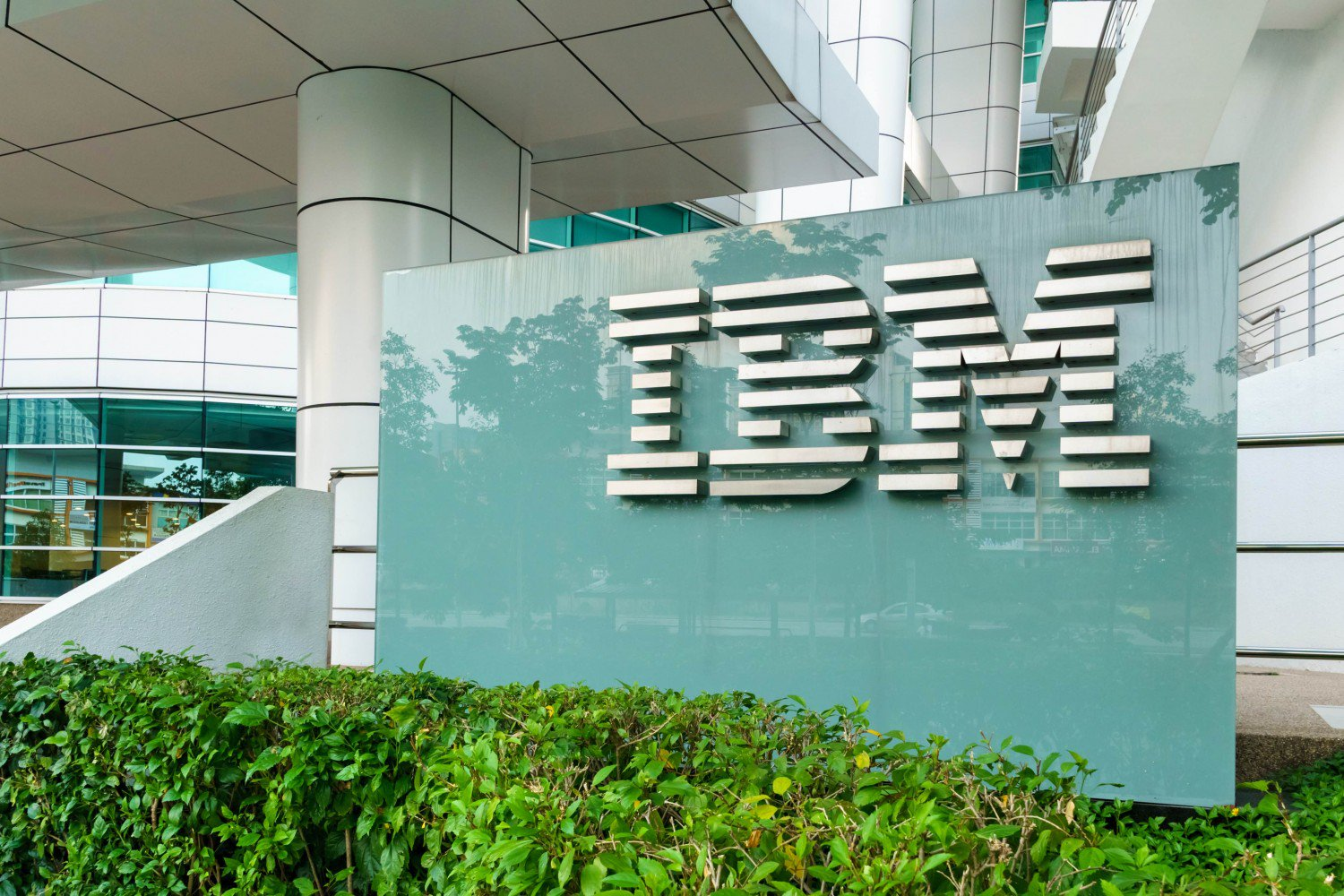 IBM Evolution: Big Blue Is Finally Getting Serious About Cryptocurrency
