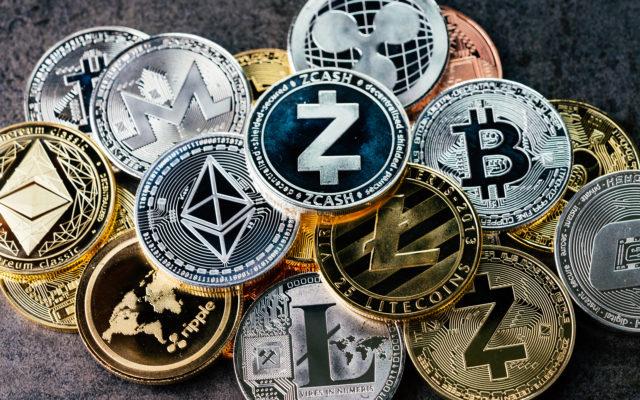 bitcoin dominance down
