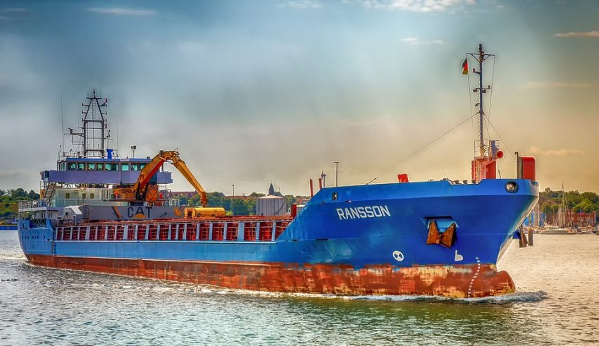 Leading Chinese Shipping Company Looking to Implement Blockchain Technology