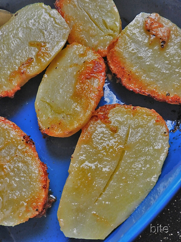 Parmesan crunch roast potatoes