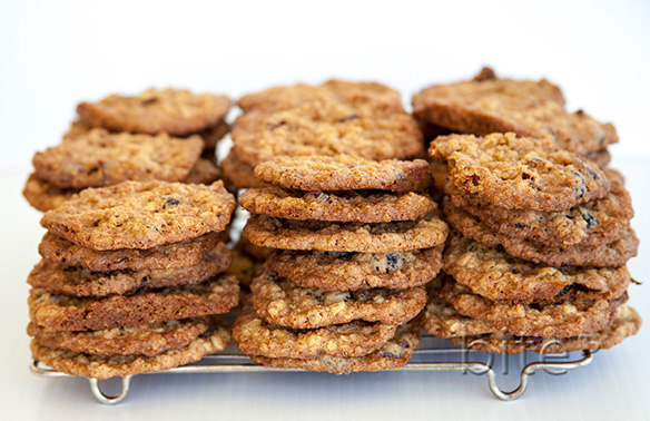 Oatmeal Cranberry Lace Cookies