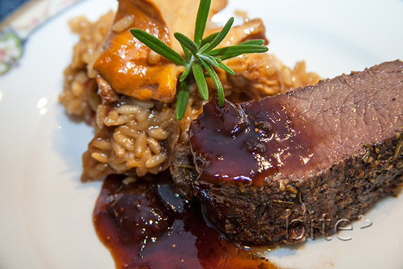 venison tenderloin with a fig and balsamic reduction – seeing what my camera sees