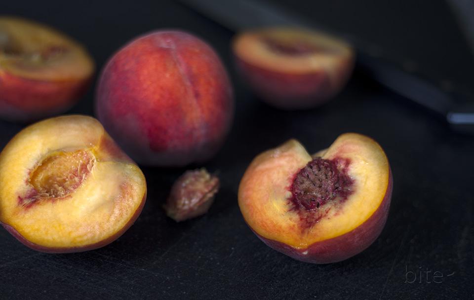fresh peach and fennel salad - for perfect peaches / bitebymichelle.com