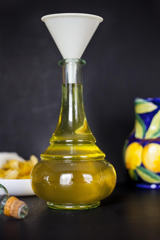 homemade limoncello / bitebymichelle.com
