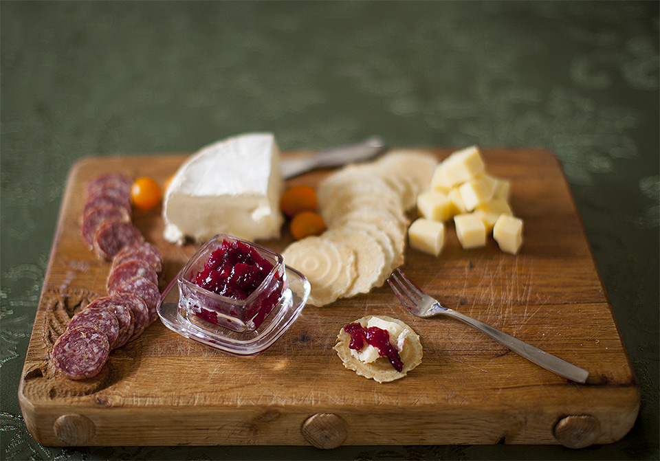 cranberry horseradish sauce – amazing with cheese and paté