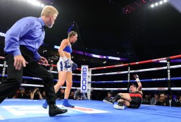 Mikaela_Mayer_vs_Vanessa_Bradford_knockdown