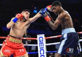 Maurice_Hooker_vs_Alex_Saucedo_action1