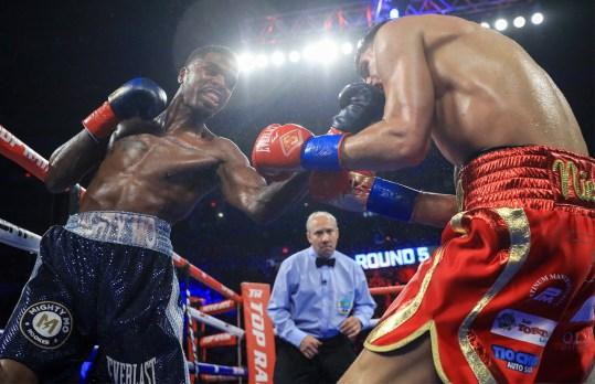 Maurice_Hooker_vs_Alex_Saucedo_action3