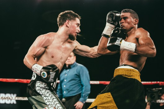 06_FightNight_Haney_vs_Ndongeni