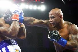 Bryant_Jennings_vs_Oscar_Rivas_action2
