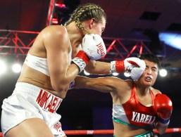 Mikaela_Mayer_vs_Yareli_Larios_action1