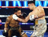 Miguel_Contreras_vs_Rolando_Vargas_action10