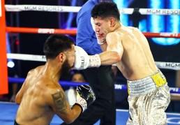Miguel_Contreras_vs_Rolando_Vargas_action3