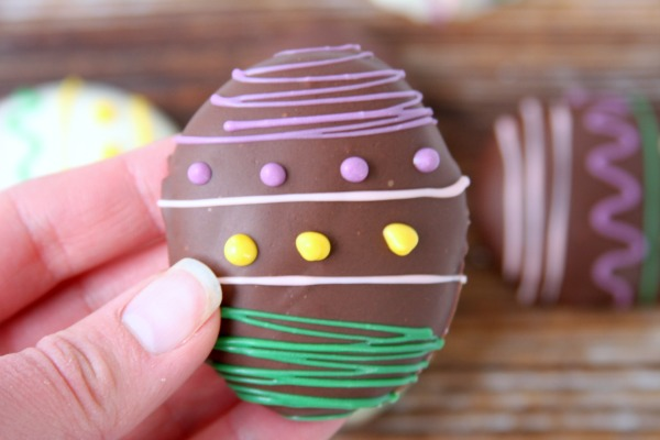 Peanut Butter Cookie Dough Easter Egg Truffles