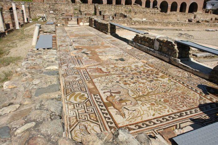 Mosaic Nartex - Large basilica - Heraclea Lyncestis