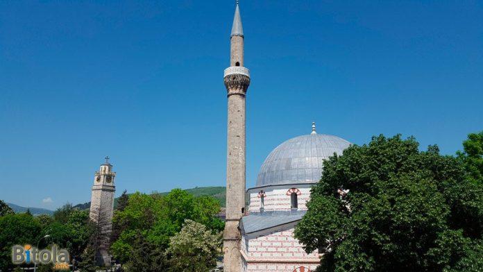 Јени џамија и Саат кула Битола