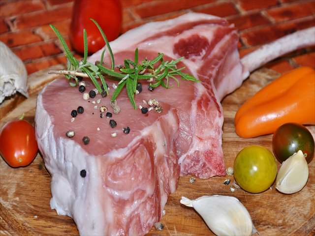 豚肉とにんにく