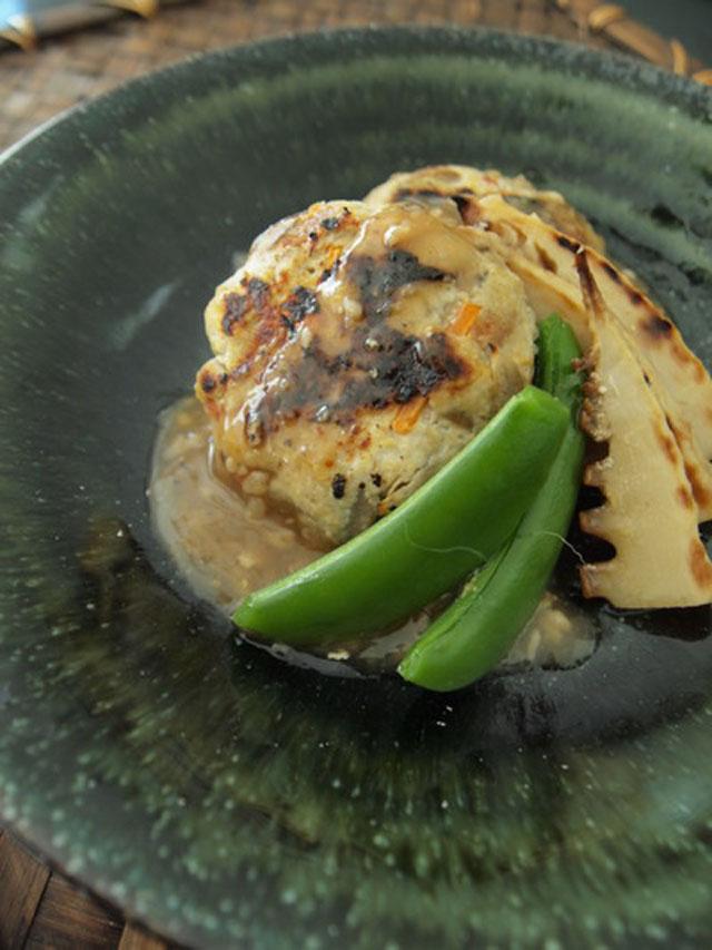 ごぼうとふんわり豆腐バーグ