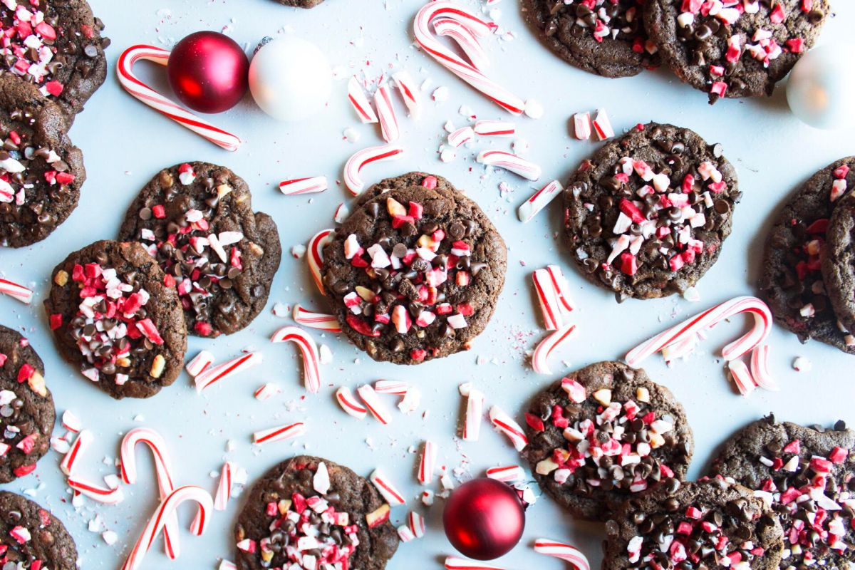 Chocolate and Peppermint Chip Cookies