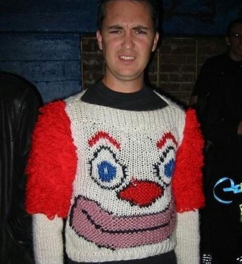 Fashion_clown_sweater