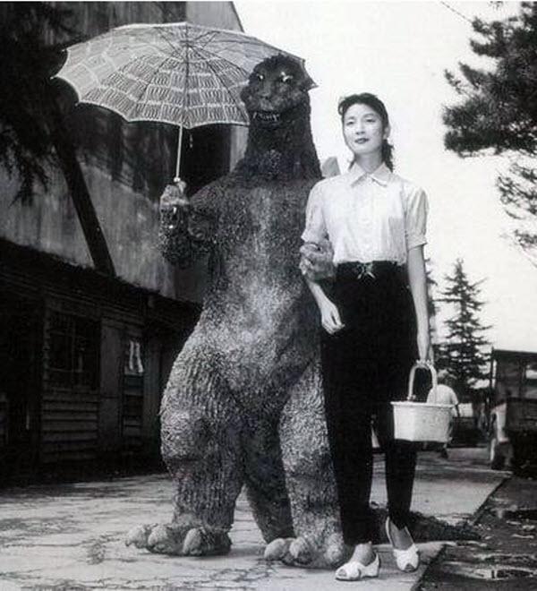 Godzilla umbrella