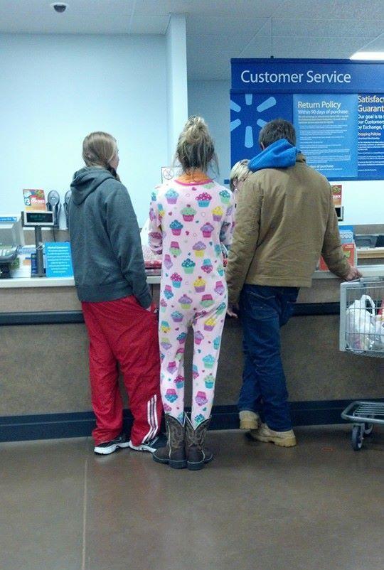Go shopping in pyjamas