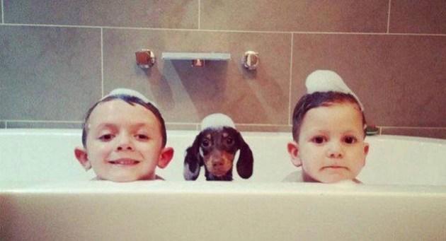 3 kids in a tub