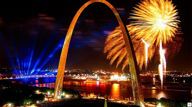 Arch Fireworks3