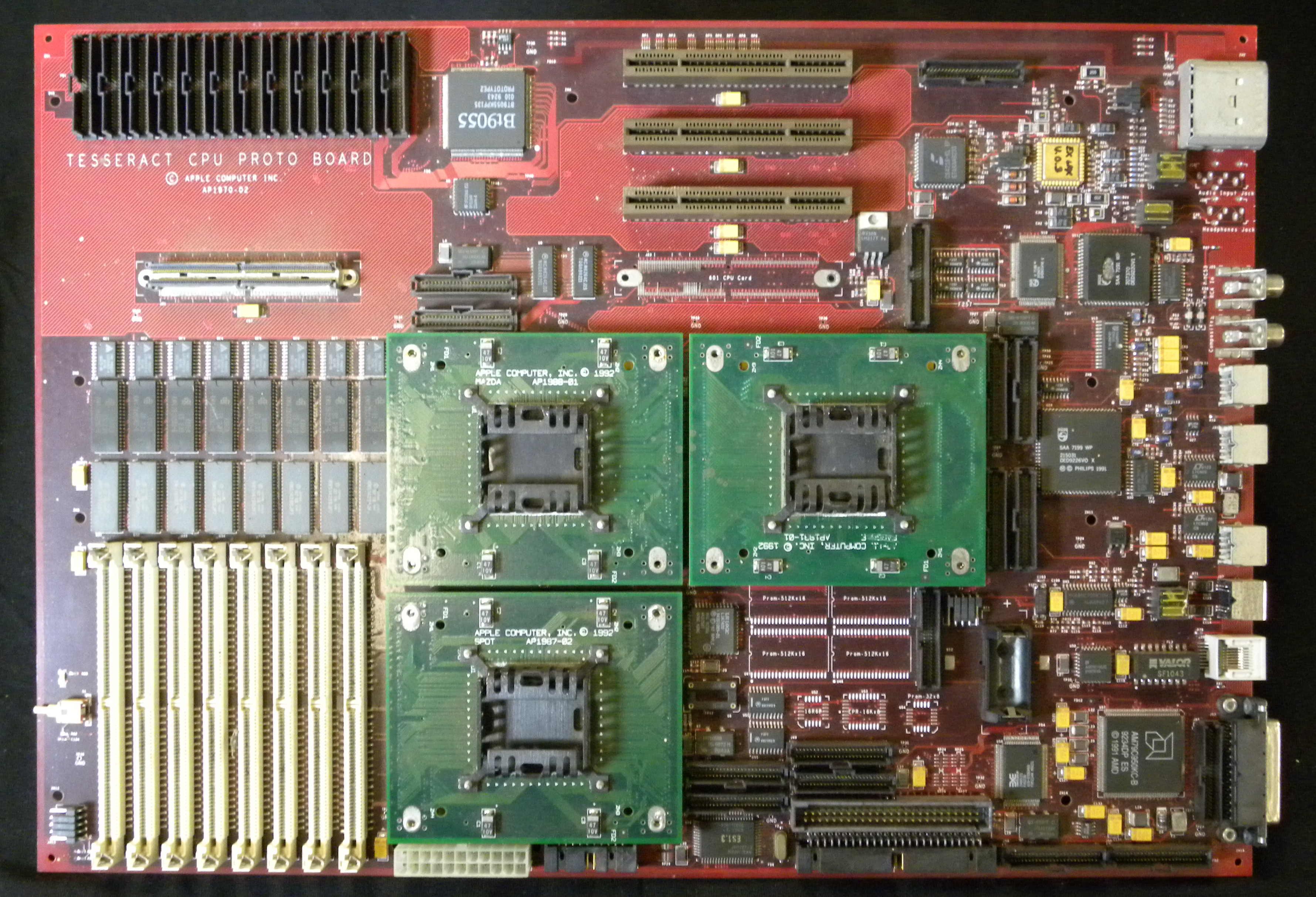 Apple 1992 Tesseract prototype motherboard (via bitsavers)