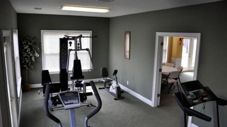 уголок для фитнеса