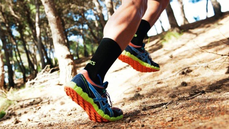мужских кроссовок