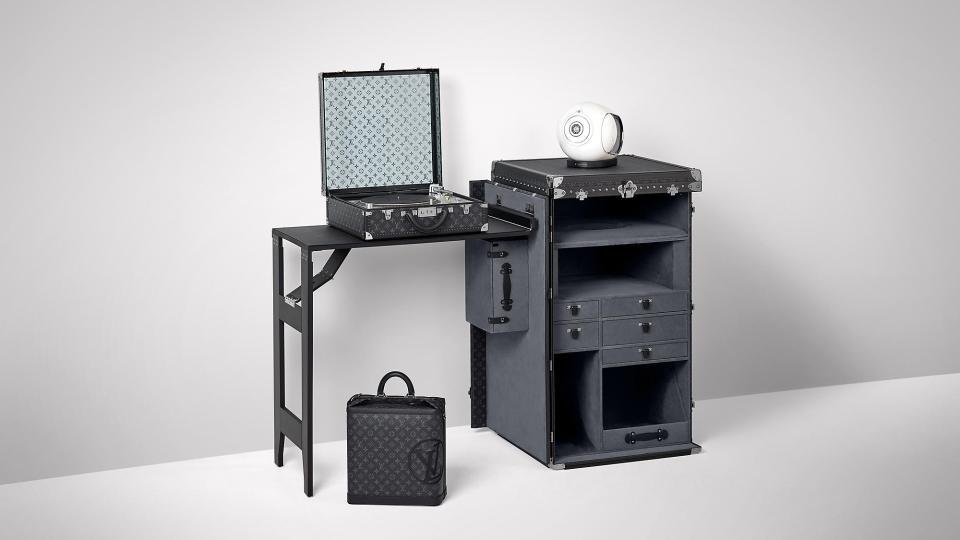 DJ de luxo tem case Louis Vuitton