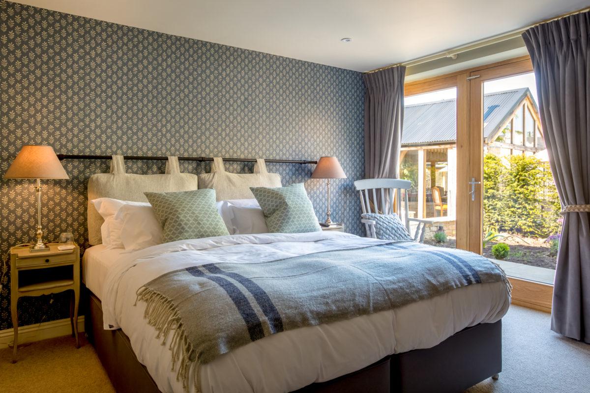 The Lion Wendlebury bedroom
